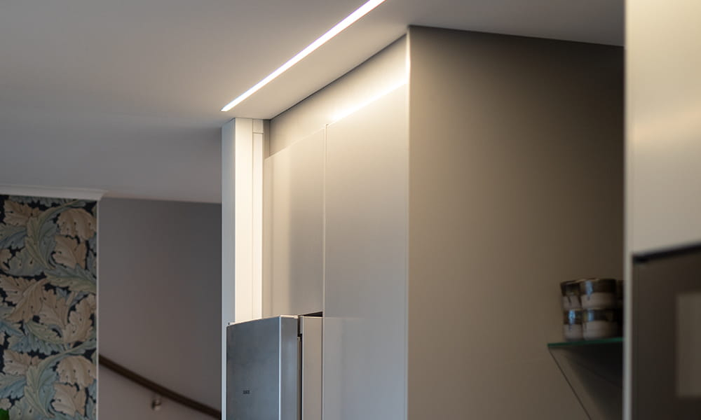 LEDstrip recessed in ceiling from Hidealite creates exciting lighting solution in a kitchen.