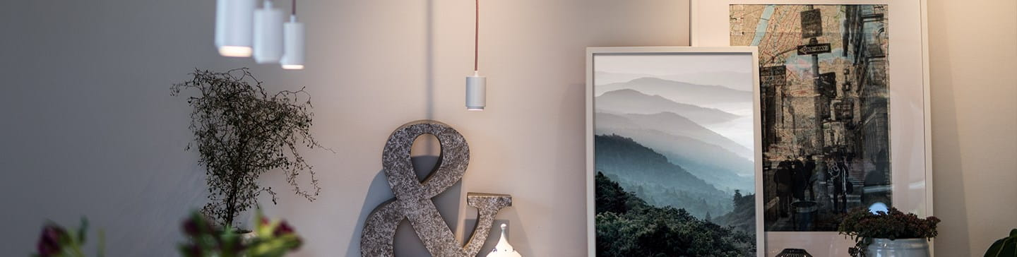Livingroom light up with Focus track micro pendant from Hide-a-lite.