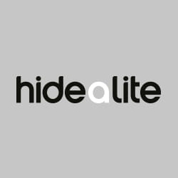 Svart og hvit logo for Hide-a-little