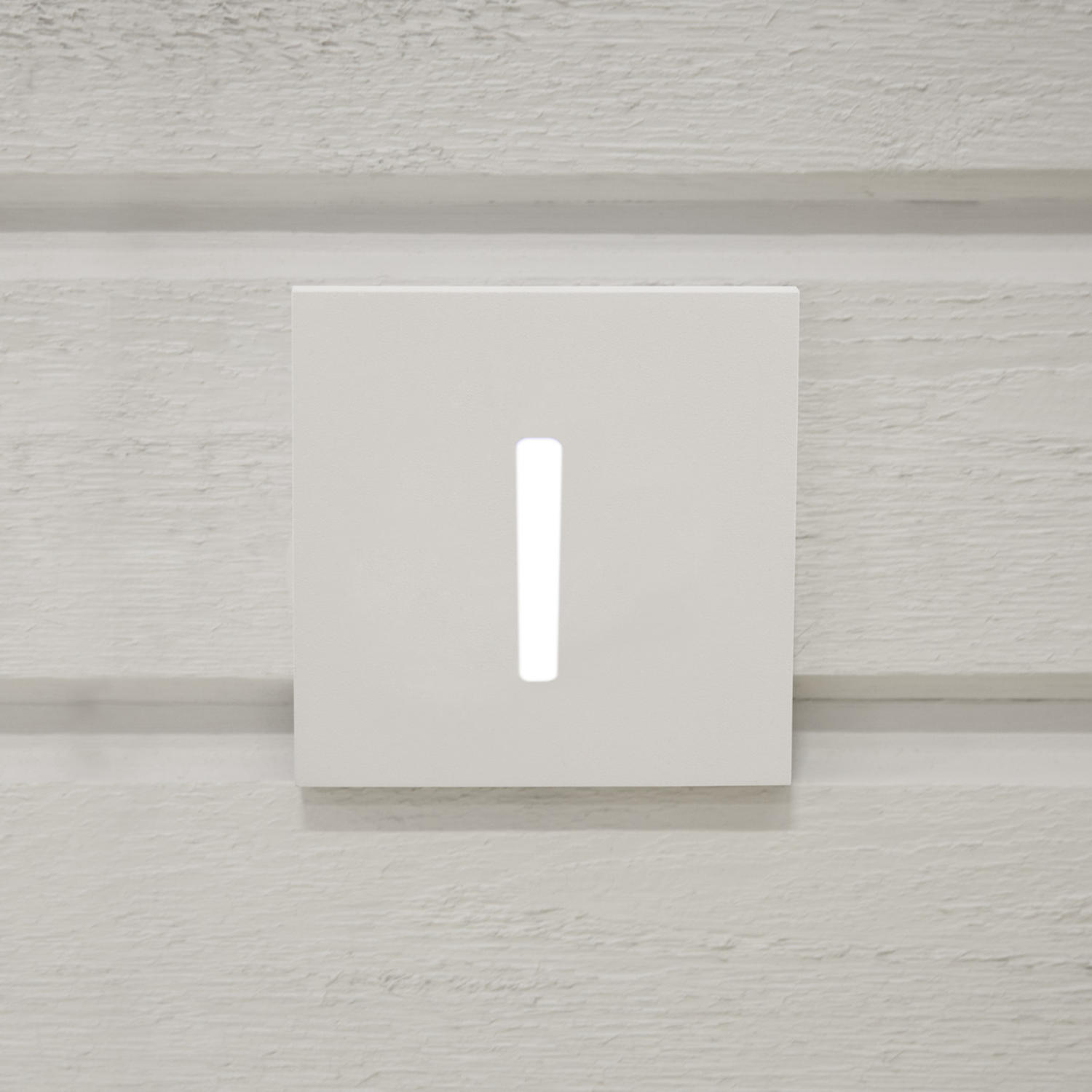 Indicate Front lid Beam White